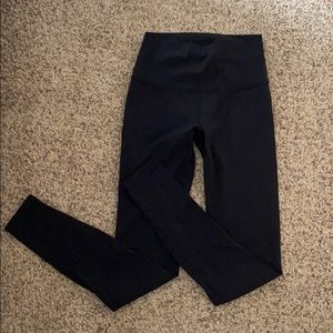 Lululemon black wunder unders